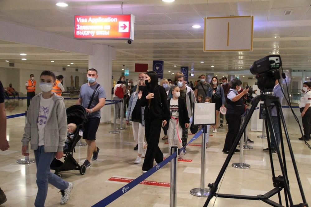 Kapılar açıldı, Ruslar akın akın geliyorlar! Rusya'dan hava trafiği yüzde 45 arttı - 17