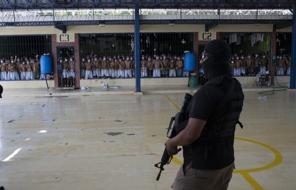 El Salvador'da 'balık istifi' hapishane - 6