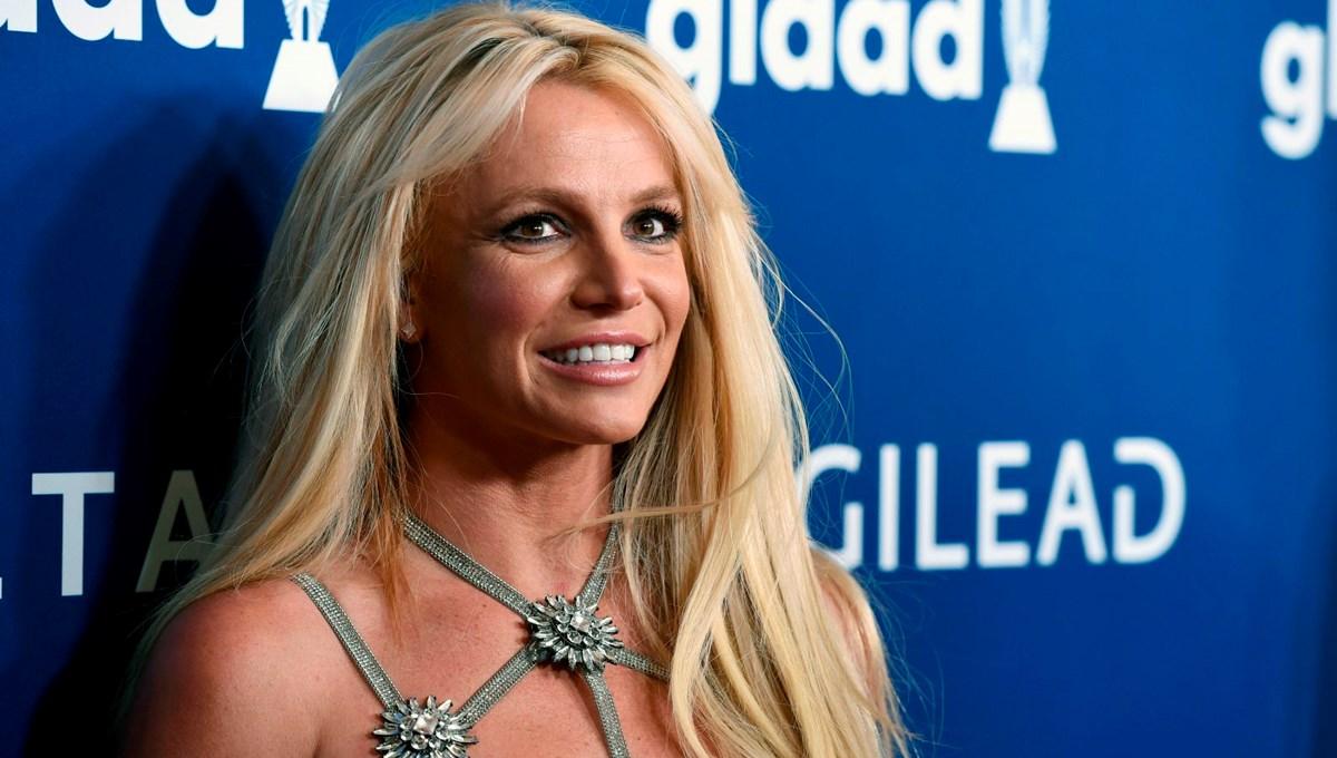 Britney Spears'ın üstsüz görüntüler hayranlarını endişelendirdi