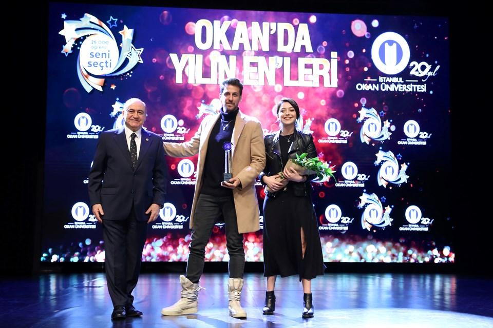 Dizi oyuncuları Birand Tunca ve Sibel Şişman