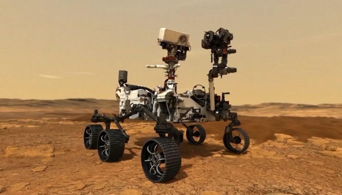 NASA kaşifi Kızıl Gezegen'e iniyor
