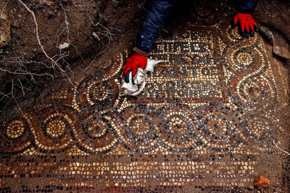 İzmir'de kaçak kazı sırasında manastır ve 1500 yıllık mozaik bulundu - 5