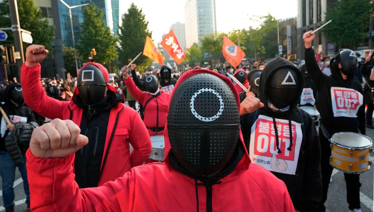 Squid Game Güney Kore'deki sendikalara ilham verdi: 80 bin işçi ülke genelinde gösteri yaptı