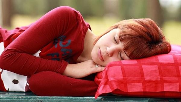 Kaliteli gece uykusu gençleştiriyor (Bilimselaraştırma)