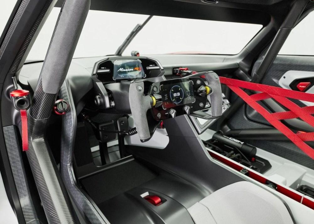 Porsche Mission R Konsepti tanıtıldı: Elektrikten gelen 1.088 beygirlik güç - 5