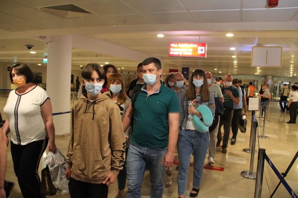 Kapılar açıldı, Ruslar akın akın geliyorlar! Rusya'dan hava trafiği yüzde 45 arttı - 16