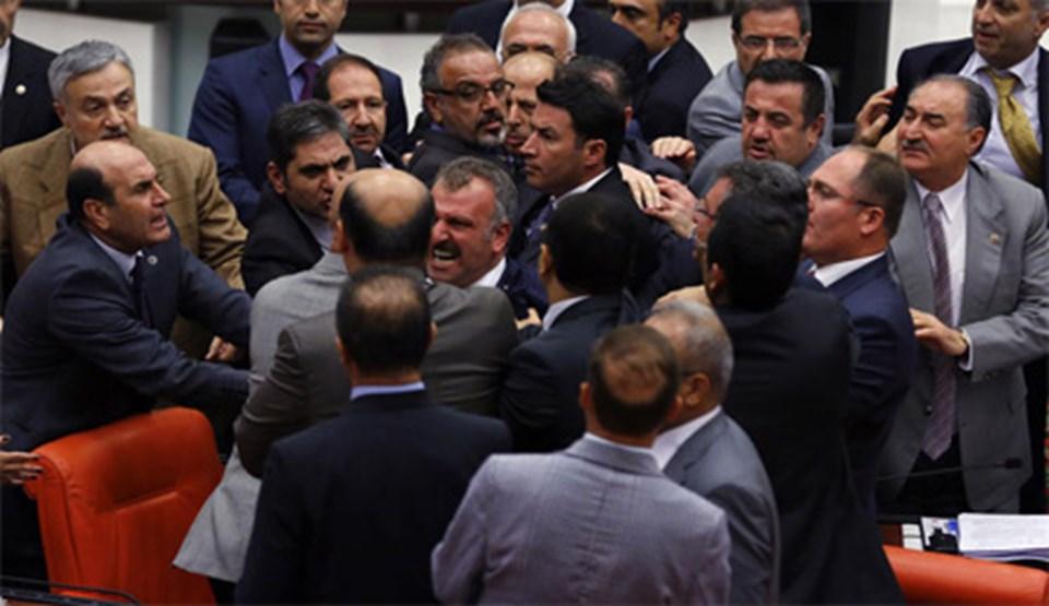 FOTO GALERİ (Meclis'te gerginlik)