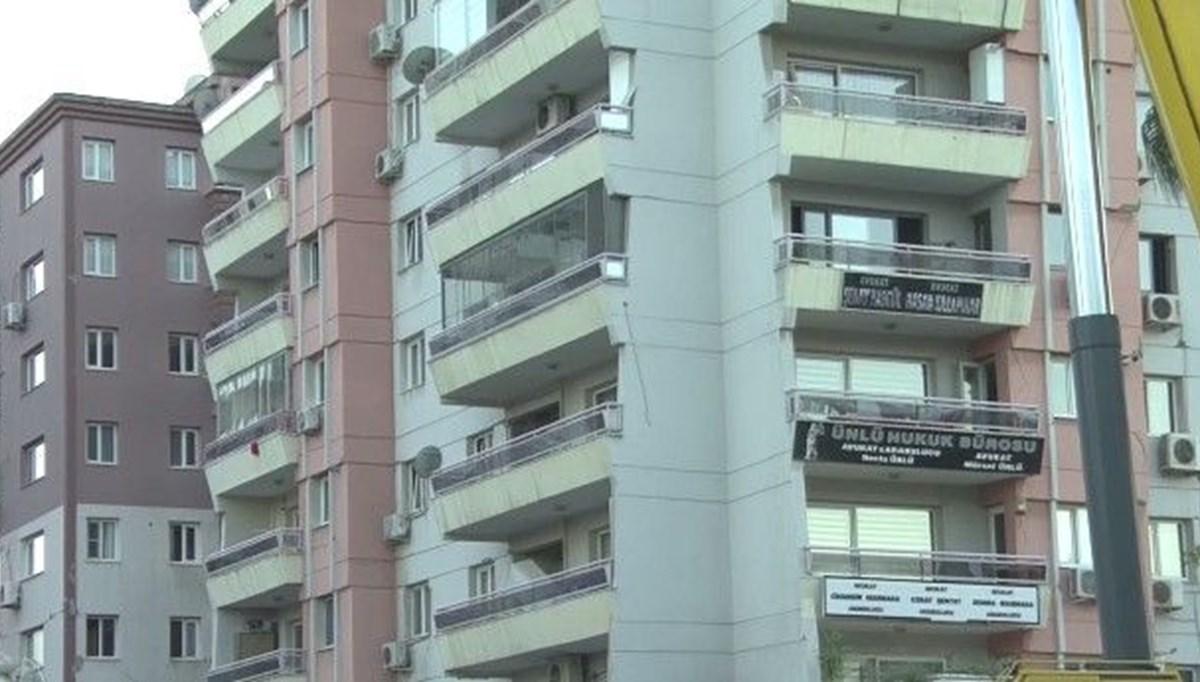 SON DAKİKA HABERİ:Hasarlı binada çökme riski