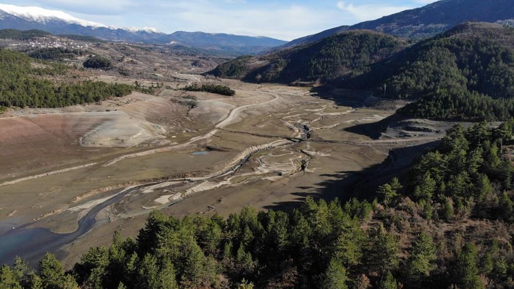 Bursa'nın su ihtiyacını karşılayan barajda su oranı yüzde 5'e düştü - 3