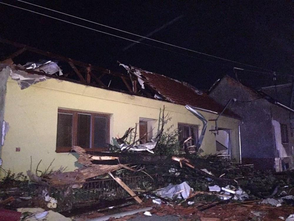 Çekya'yı kasırga vurdu: 150 yaralı - 8