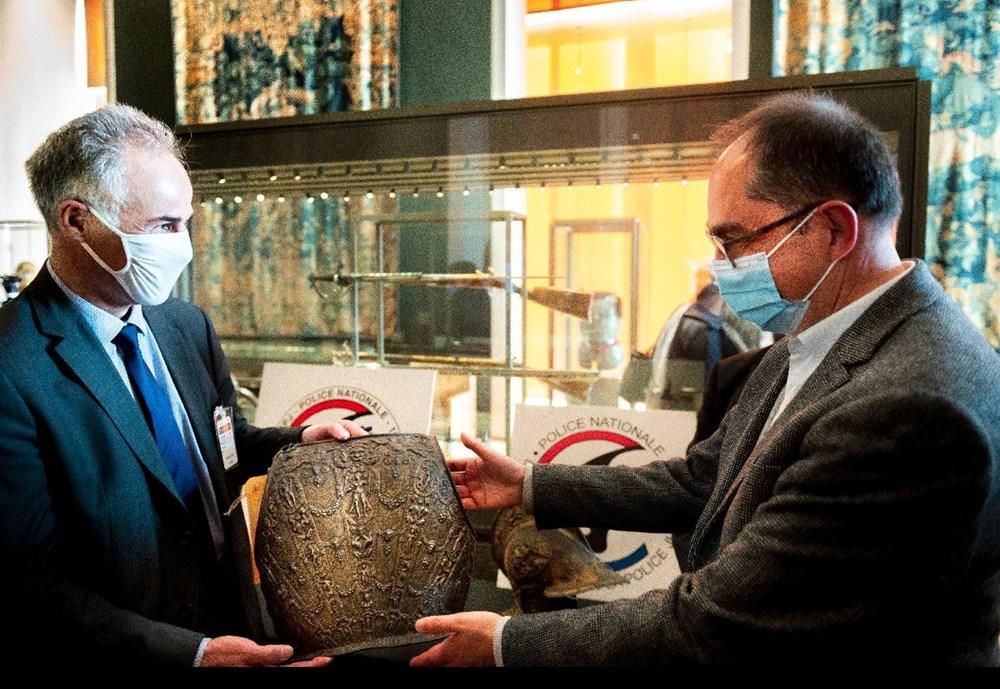 Louvre Müzesi'ndeki kayıp zırh ve miğfer 38 yıl sonra bulundu - 6