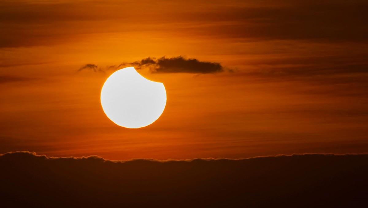 10 Haziran 2021 19 derece İkizler Güneş tutulması