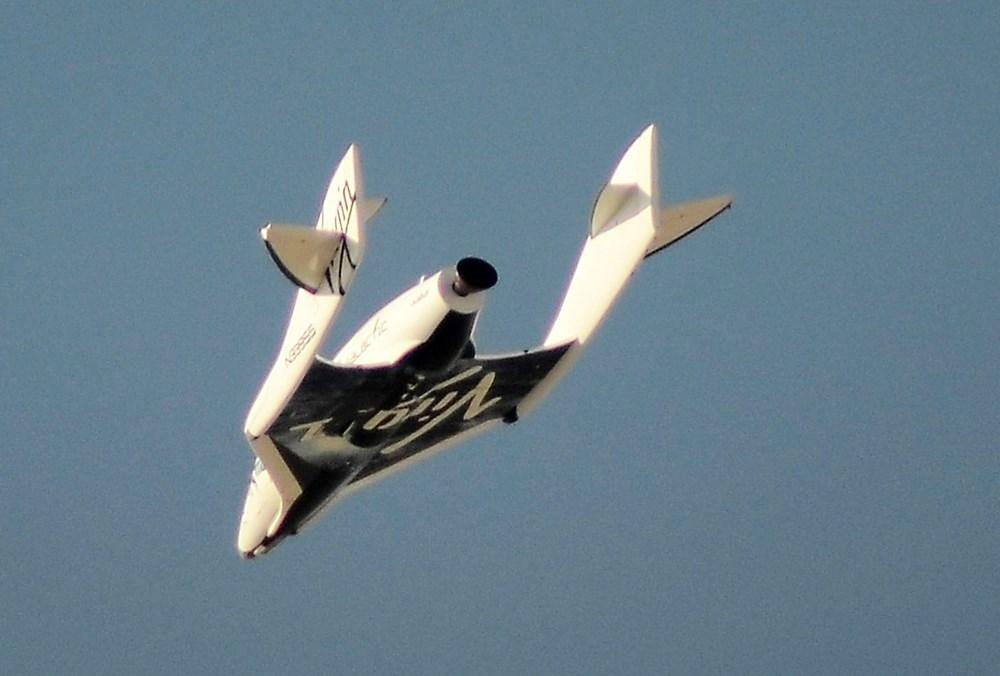 Virgin Galactic ikinci uçuş testini başarıyla tamamladı - 8