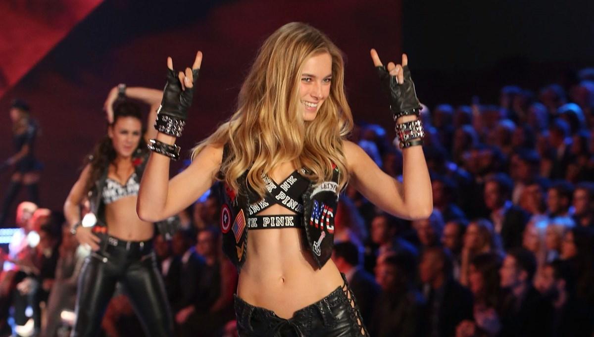 Victoria's Secret eski modeli Bridget Malcolm: İlaçlarla ayakta durdum