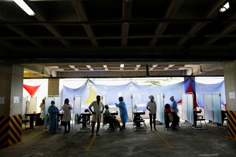 Venezuela'da aşılama başladı: 400 metre kuyruk - 10