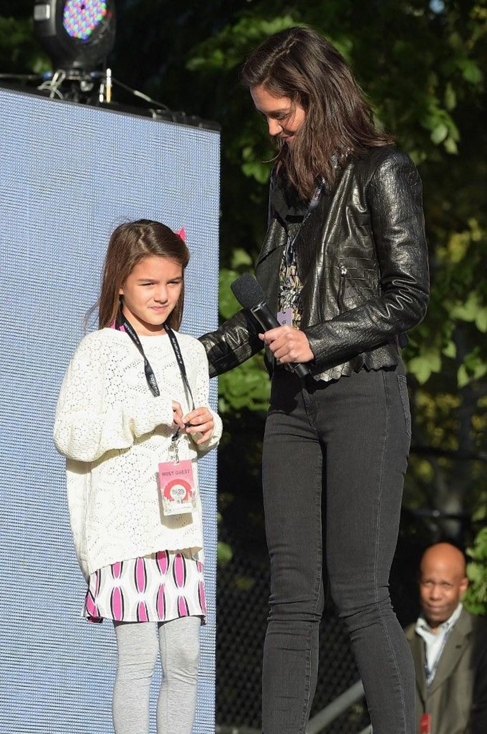 Katie Holmes ve Tom Cruise'un kızları Suri artık 15 yaşında - 7