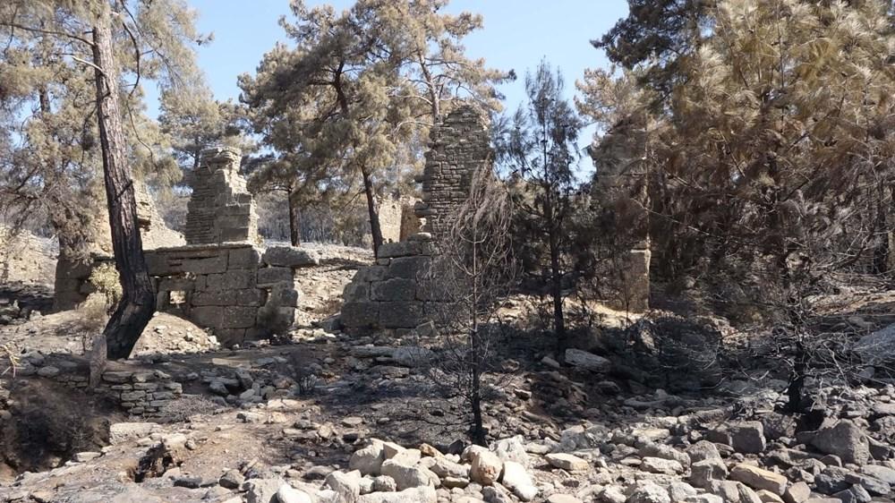 Yangın Lyrbe'yi de vurdu: Antik kent küle döndü - 4