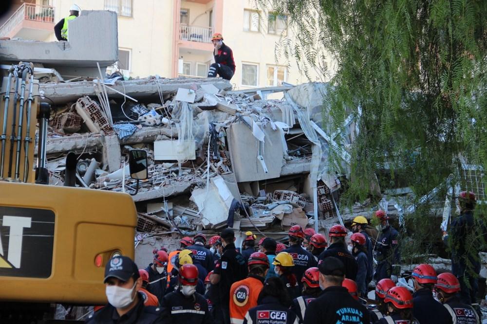 İzmir'de deprem sonrası enkaz altındakiler için zamana karşı yarış (58 saat sonra kurtarıldı) - 8
