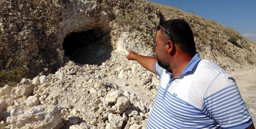Van'da yol çalışmasında Urartular dönemine ait 2 kaya mezarı bulundu - 7