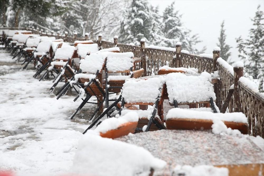 İstanbul'da kar yağışı devam ediyor - 28