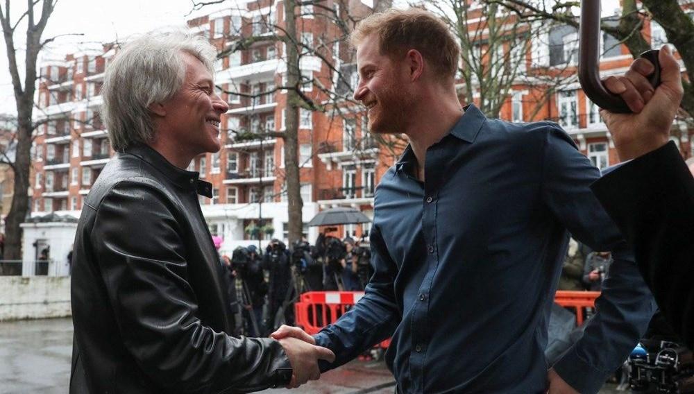 Prens Harry ve Jon Bon Jovi'nin single'ı çıktı