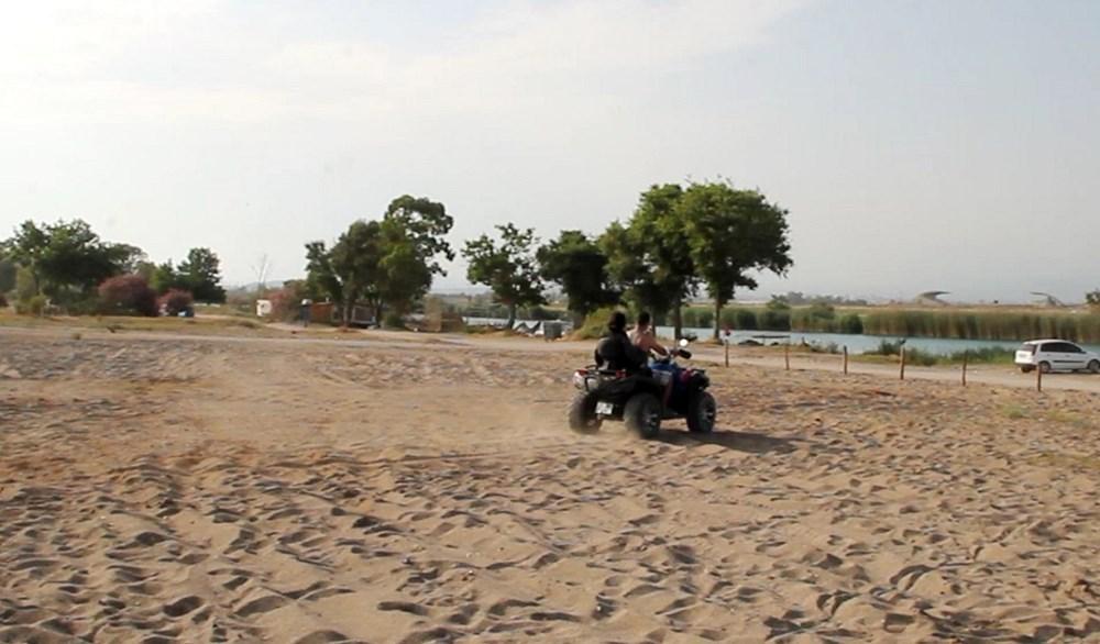Caretta yuvalama alanına ATV ile daldılar - 2