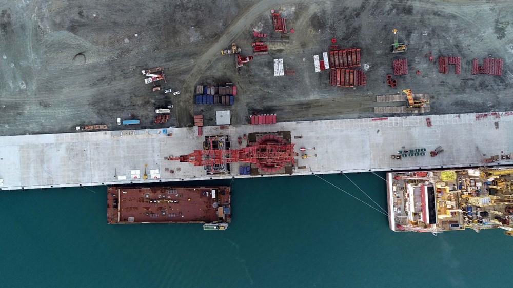 Kanuni sondaj gemisinin kule montaj çalışmaları başladı - 2
