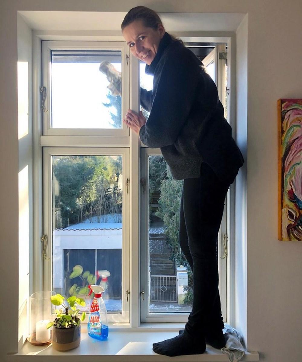 Danimarka Başbakanı'ndan temizlik pozu - 1