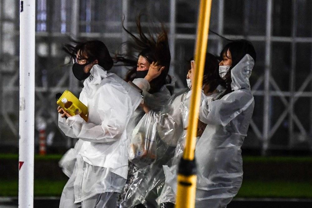 Japonya'nın güneybatısını vuran Haişen tayfununda 2 ölü, 100'den fazla yaralı - 4