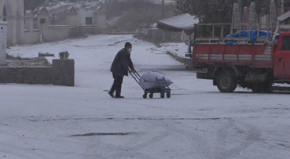 Kars merkeze mevsimin ilk karı düştü - 3