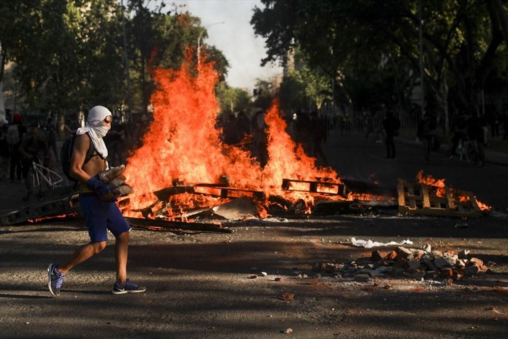 Şili'deki protestoların yıldönümü yaklaşırken sokaklarda tansiyon artıyor - 5