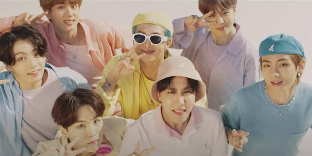 BTS grubunun Dynamite klibi kostümleri açık artırmaya çıkarılıyor - 2