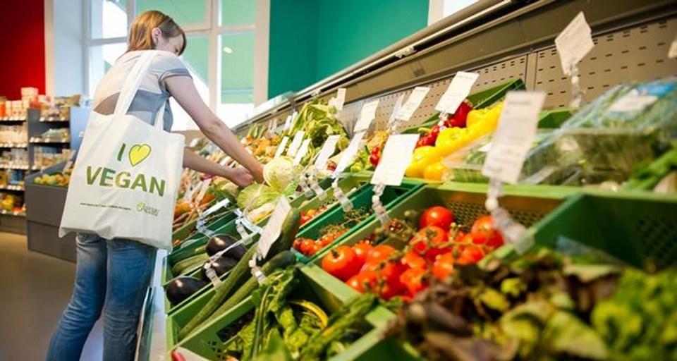 UNEP raporunda, bitkisel beslenmeye ağırlık verilmesi gerektiği belirtiliyor