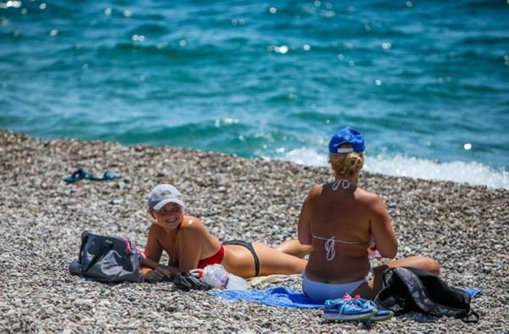 Tam kapanma bitti: Antalyalılar sahile akın etti - 2