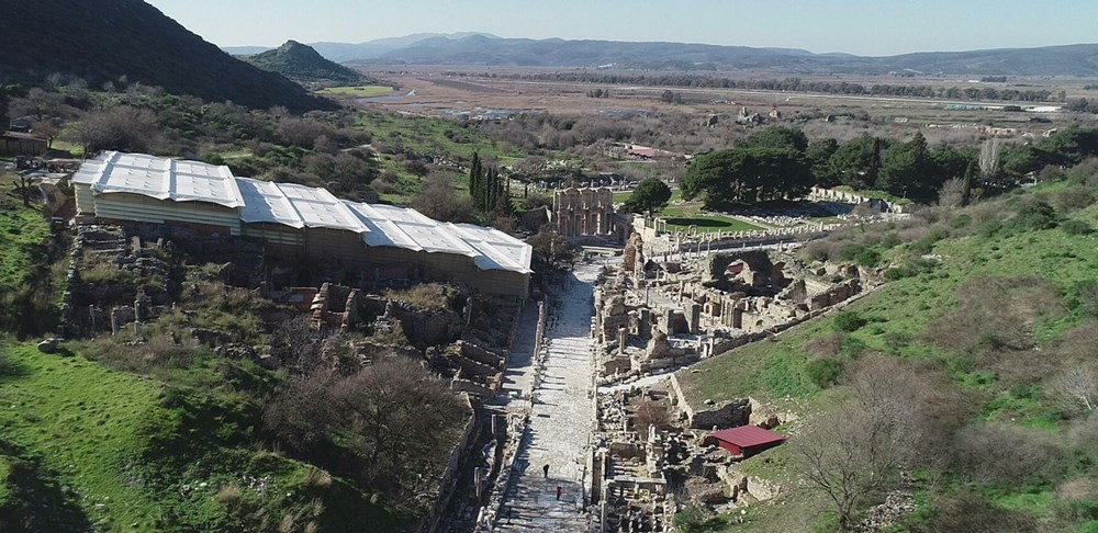 Efes Antik Kenti, pandemi döneminde de güvenli turizmin adresi oldu - 1