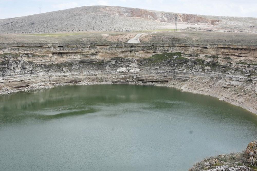Timraş Obruk Gölü'nün suyu 8 metre azaldı - 2