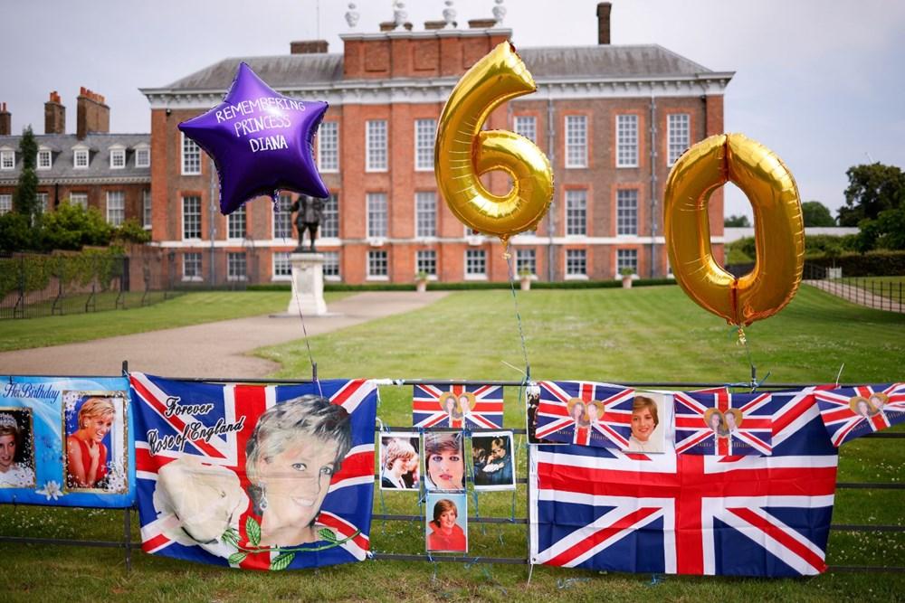 Prenses Diana'nın 60'ıncı doğum gününde Kensington Sarayı'nda heykelinin açılışı yapıldı - 3