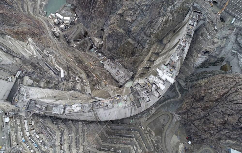 Yusufeli Barajı'nda dökülen 4 milyon metreküp betonla rekor kırıldı - 3