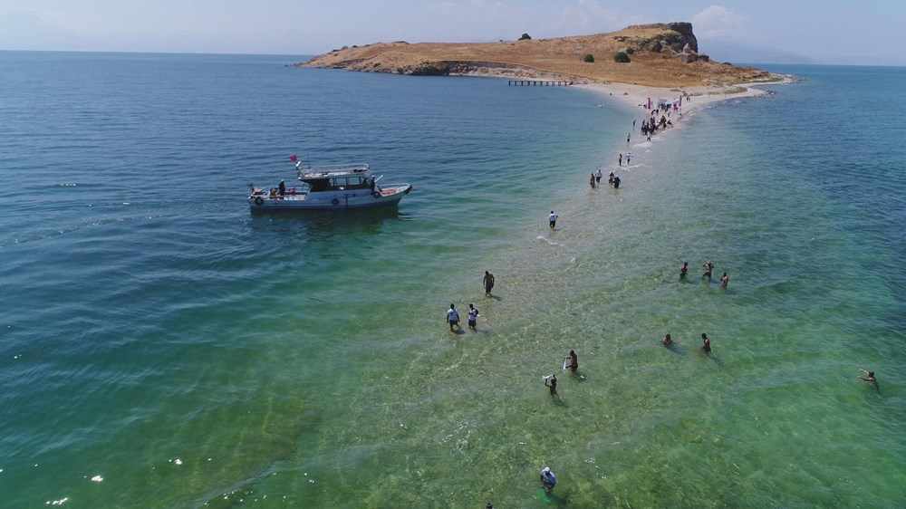 Su altındaki antik yoldan Çarpanak Adası'na ulaştılar - 6