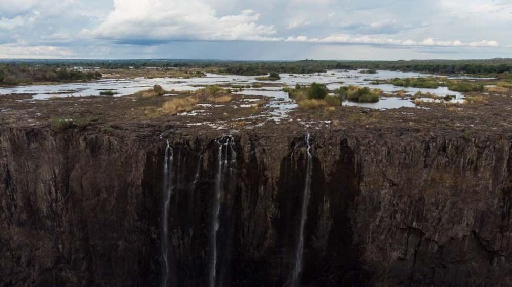 Küresel ısınma, dünyanın doğal harikalarından biri olan Victoria Şelalelerini nasıl yok etti? - 3