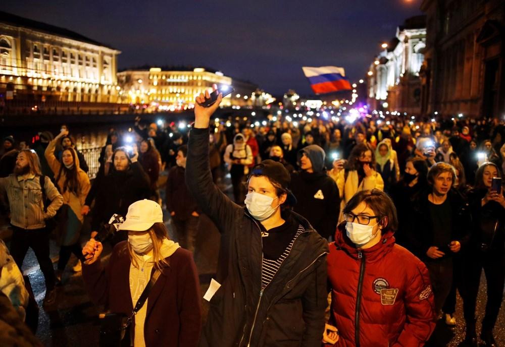 Rusya'da Navalni protestolarında gözaltı sayısı bin 400'ü aştı - 4