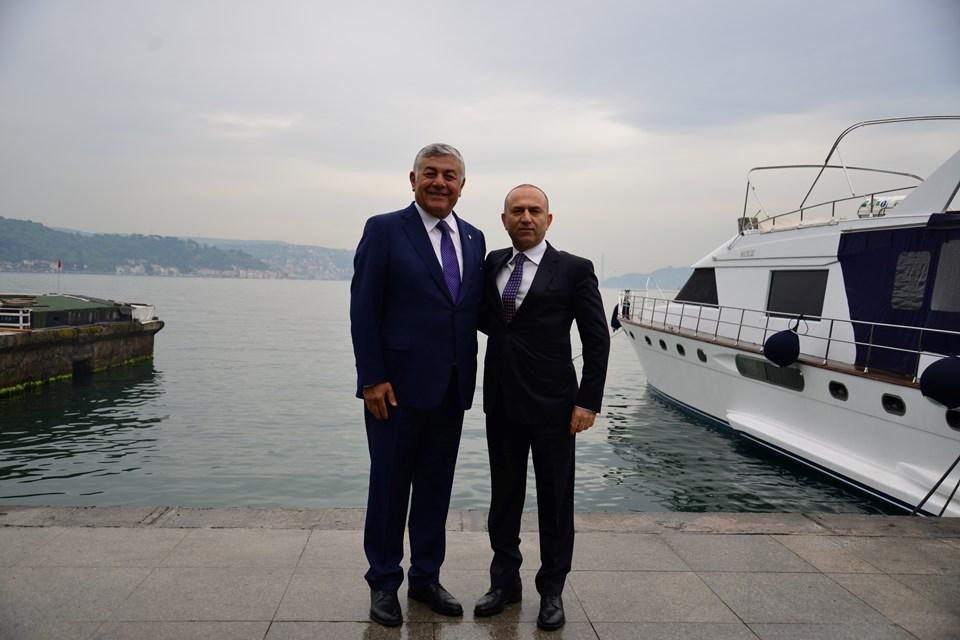 Sarıyer Belediye Başkanı Şükrü Genç (solda) ve Azerbaycan Cumhuriyeti İstanbul Başkonsolosu Mesim Haciyev (sağda)