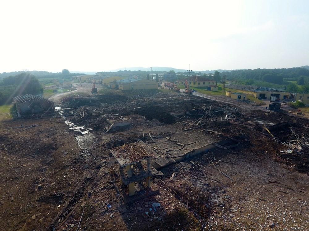 Sakarya'da patlamanın olduğu alandaki hasar havadan görüntülendi - 14