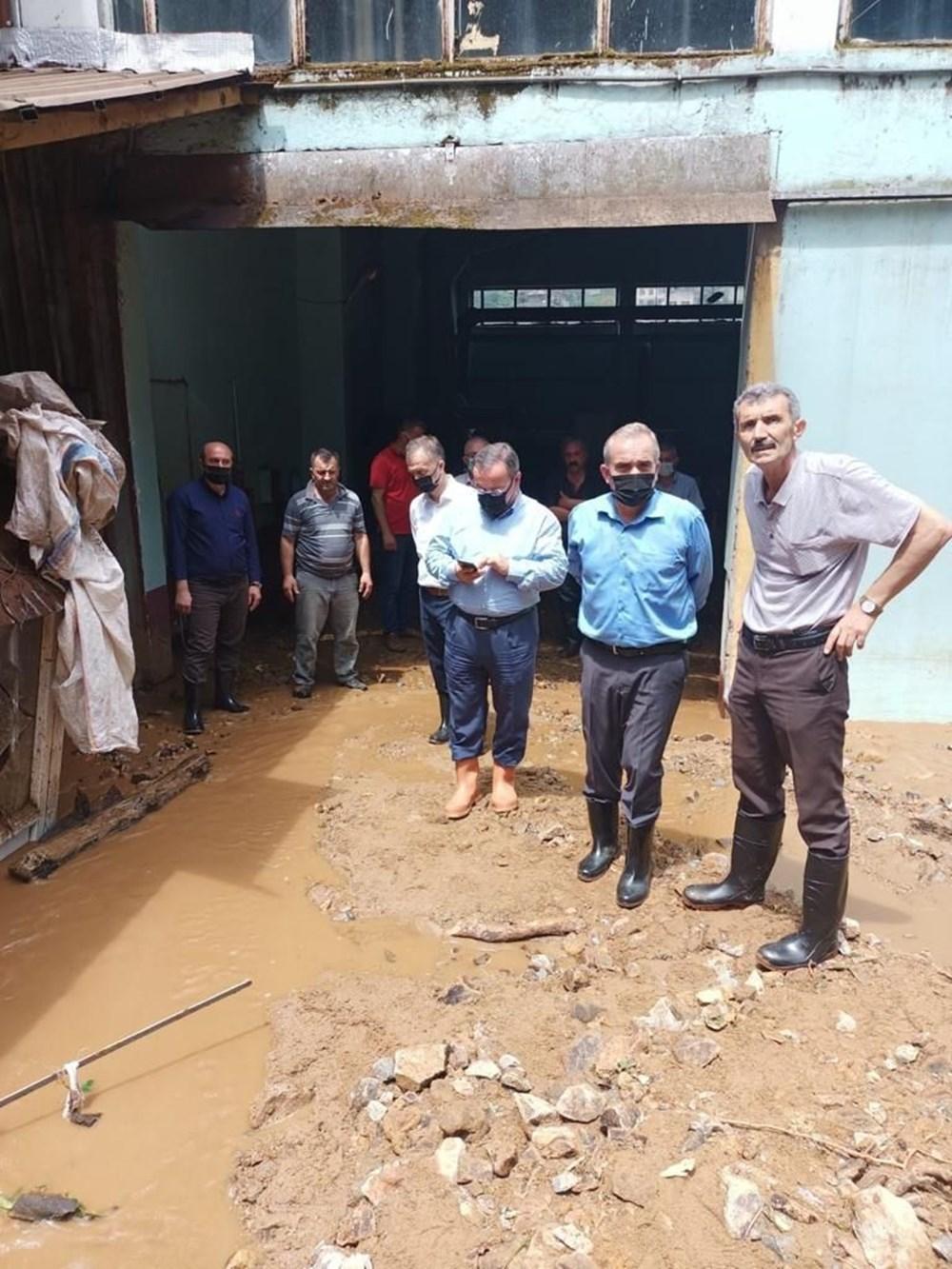 Rize ve Artvin'de beklenen yağış başladı: Arhavi'de iki mahalleyi su bastı - 12