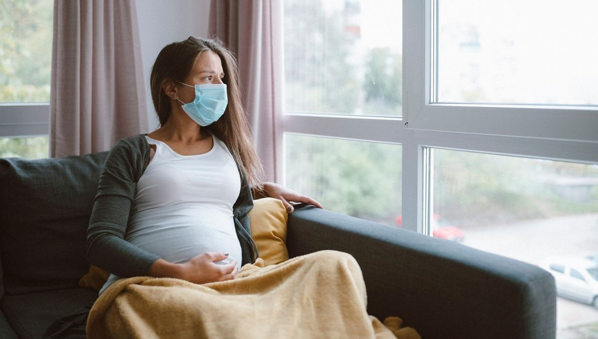 Araştırma: Covid-19 hamilelikte komplikasyon riskini yüzde 50 arttırıyor