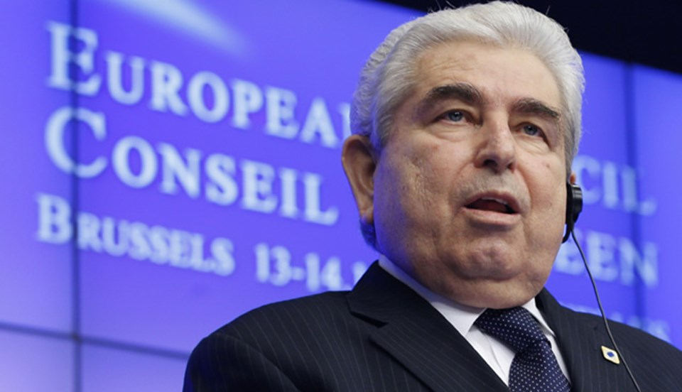 Rum lider Hristofyas, Kıbrıs'ta doğalgaz çıkarmak içinİsrail'le yakınlaştıklarını, jeopolitik dengeleraçısından da Amerikan petrol şirketini tercih ettiklerini söyledi.