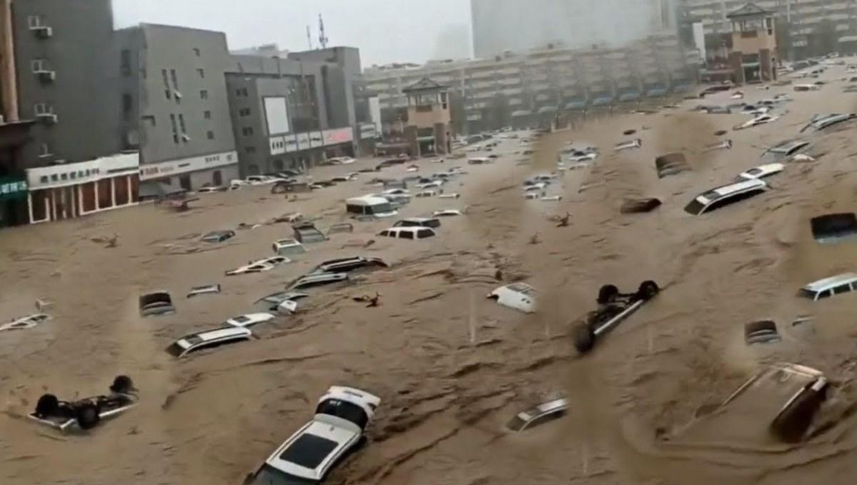 Çin'de sel: En az 12 kişi hayatını kaybetti