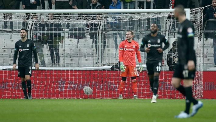 Beşiktaş kupadan elendi (Erzurumspor çeyrek finalde)