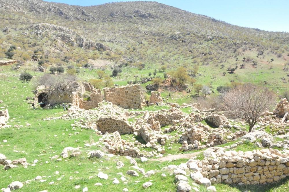 Şırnak'ta bin 700 yıllık manastır keşfedildi - 3
