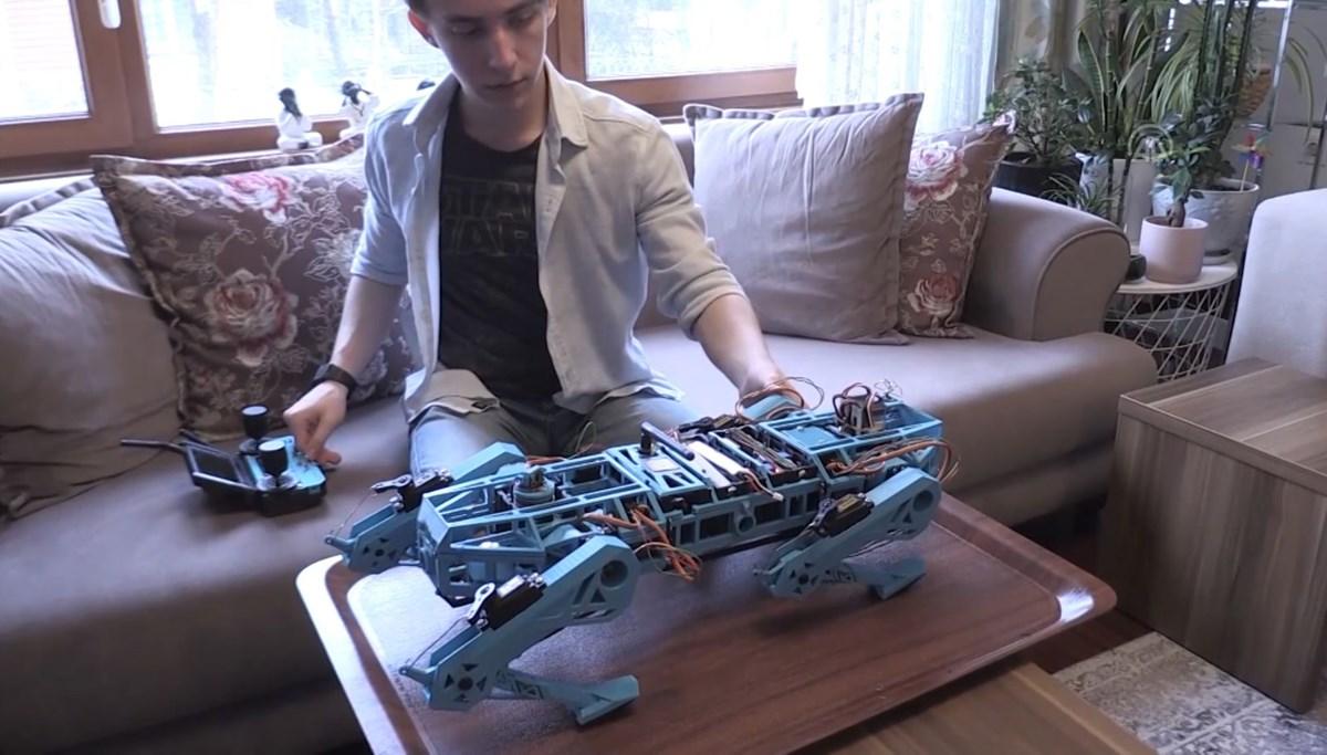 Liseli genç robot köpek geliştirdi